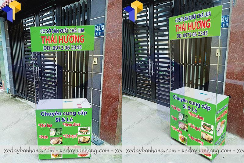 booth sampling bán đồ ăn vặt